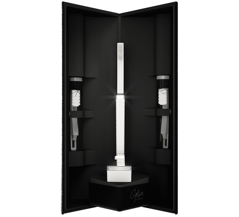 Apriori Extraordinary Diamond Editions toothbrush, a great gadget to have