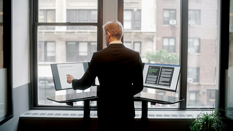 SmartDesk by Cemtrex, a perfect gadget to own