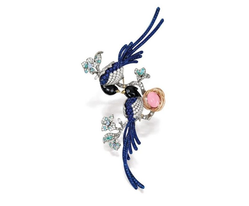 Anna Hu Blue Magpie Brooch. Selling at Sothebys