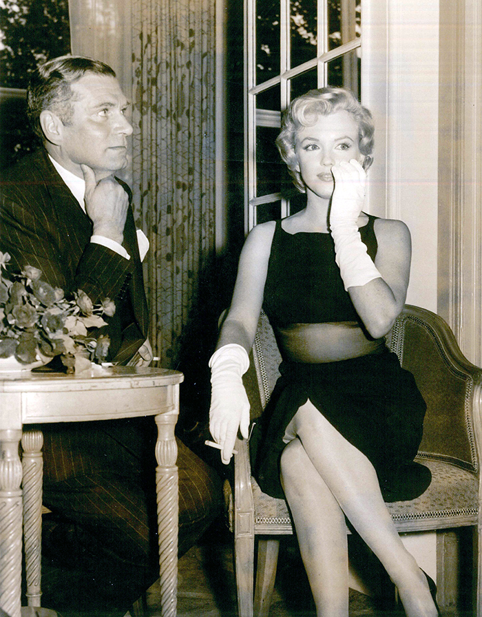 Marilyn Monroe and Laurence Olivier at The Savoy for a press conference, when Monroe came to England to film The Prince and the Showgirl with Olivier in 1956