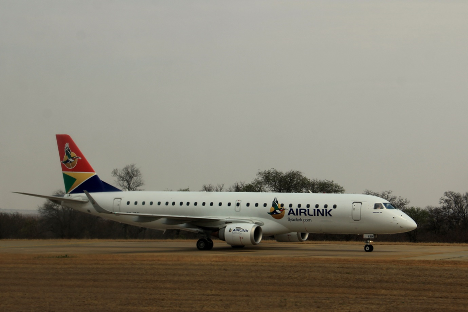 Airlink's stylish Embraer E-Jet at Hoedspruit Airport. Photograph by Heléne Ramackers