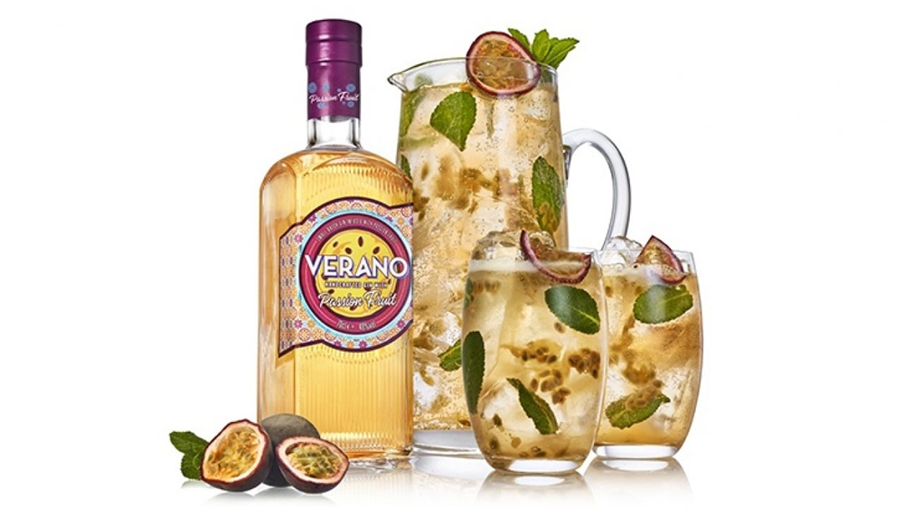 Verano Passion Fruit Gin spirit and cocktail