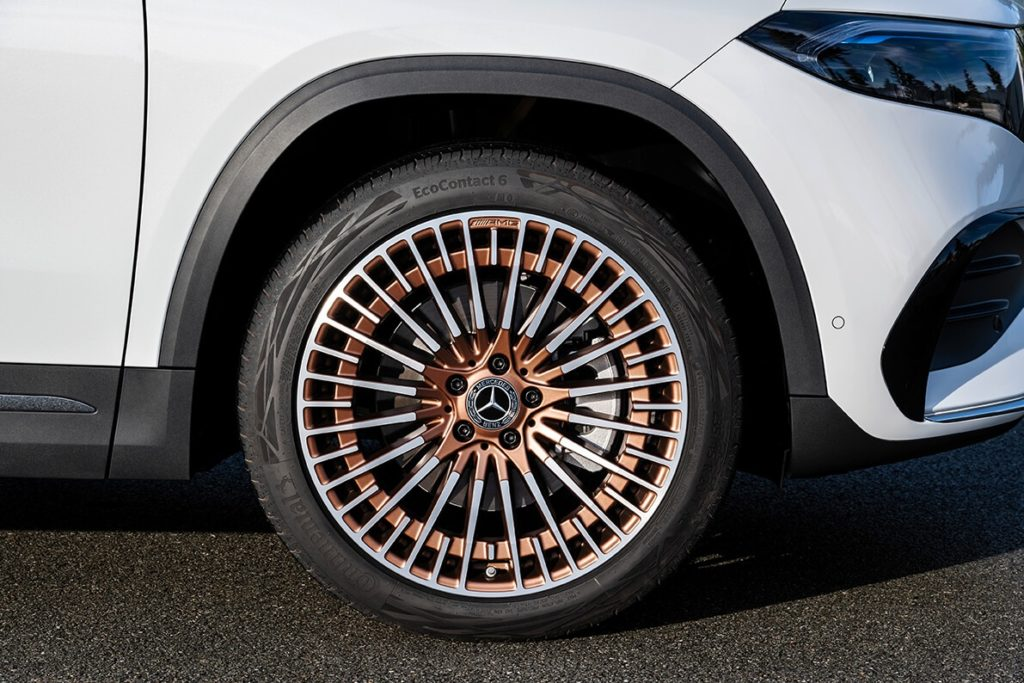 Mercedes EQA tires and rims