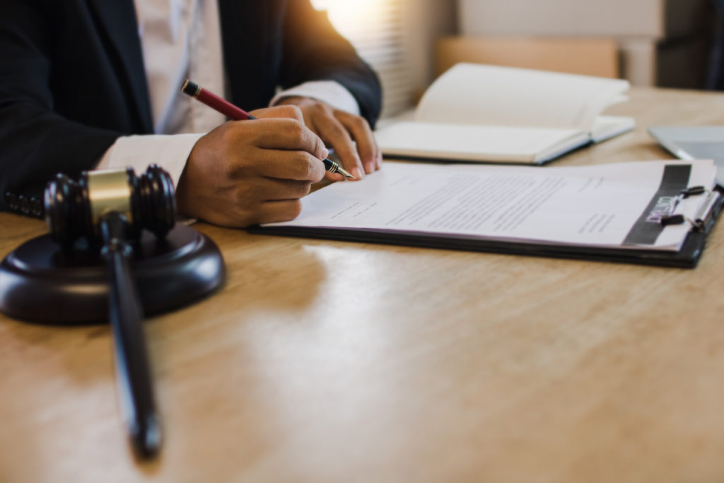court authorizing testament and will