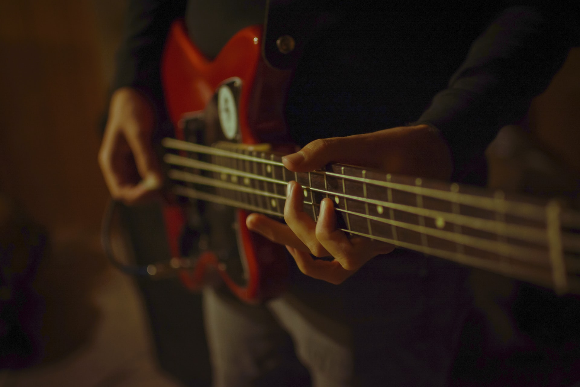 A Simple Guide To Understand Everything About The Bass Guitar